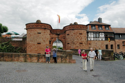 Bild [3]: Das Untertor der Stadt Büdingen