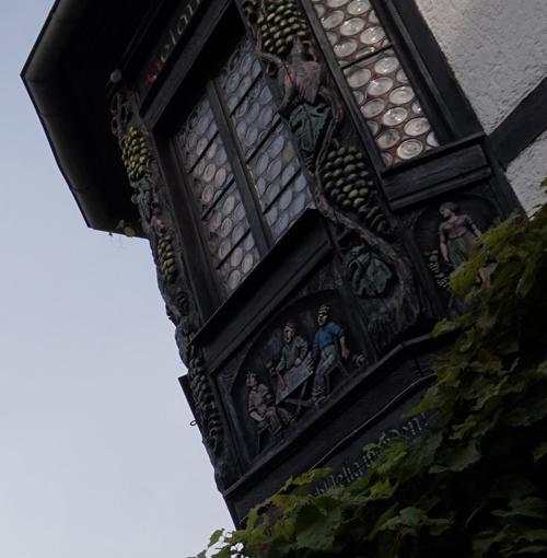 Butzenscheiben in der historischen Altstadt von Rüdesheim