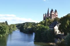 Dom von Limburg mit der Lahn